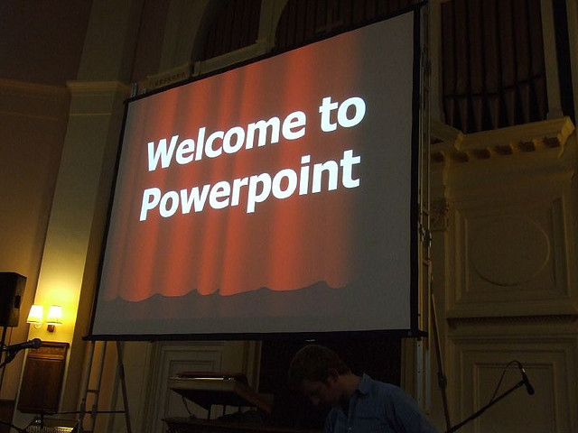 A power about making a powerpoint. The cover page reads